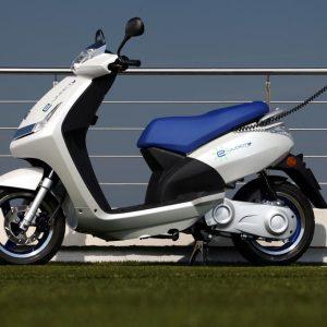 Peugeot Scooters e-Vivacity 300